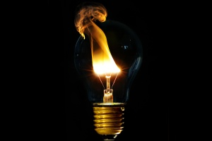 incandescent-light-bulb-fire-simple